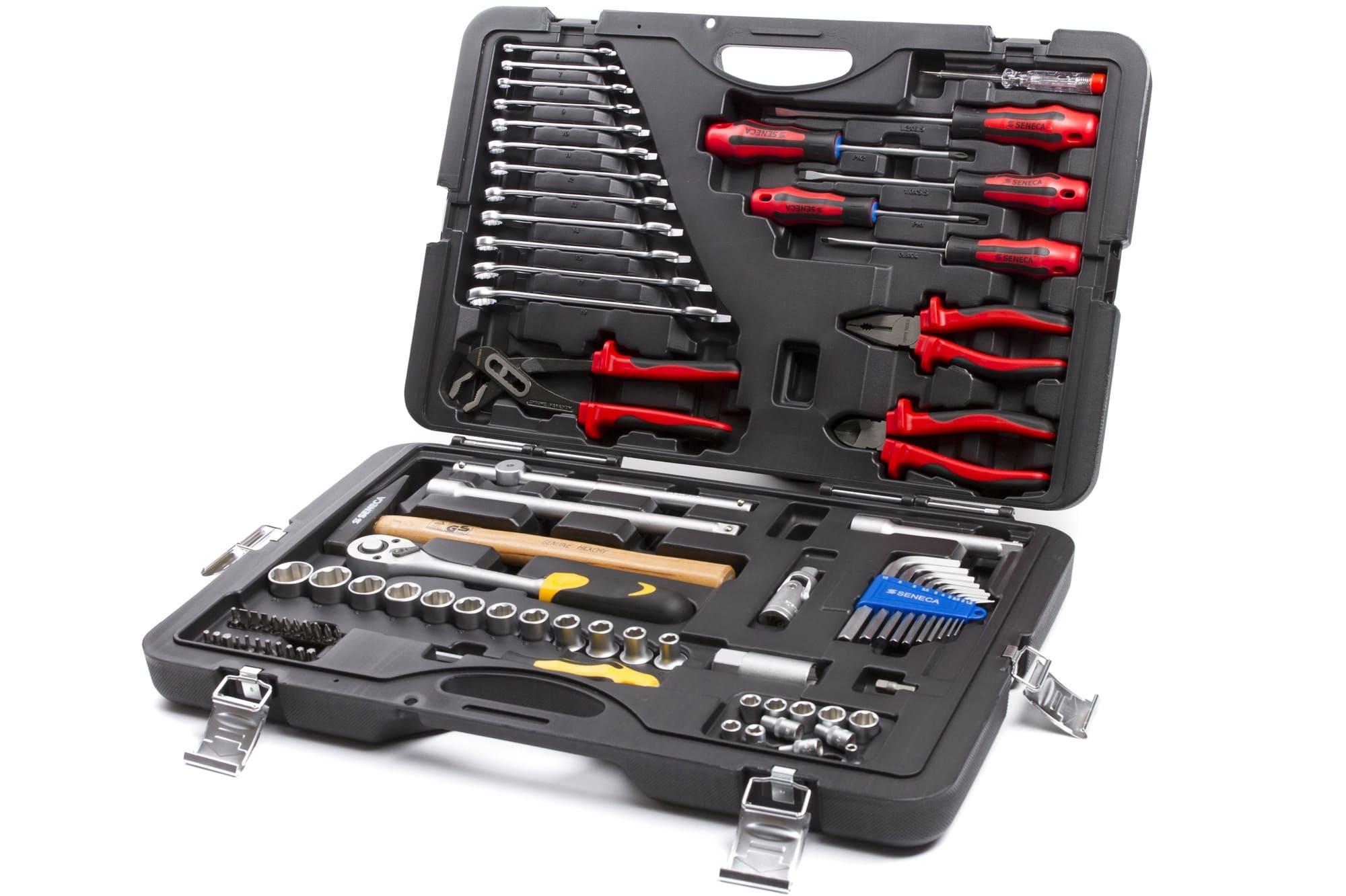 väikelaeva-tööriistad-tööriistakast-koos-lehtvõtmete-ning-mustrivõtmetega